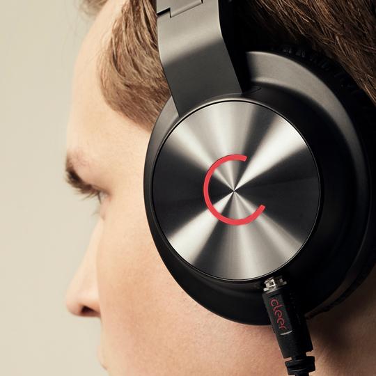 Headphones 耳机